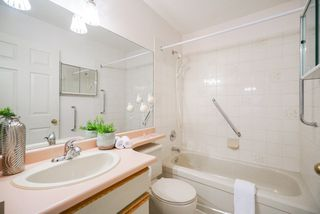 """Photo 12: 82 5550 LANGLEY BYPASS Street in Langley: Langley City Townhouse for sale in """"Riverwynde"""" : MLS®# R2331096"""
