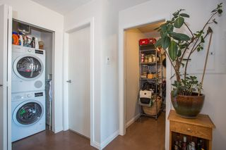 "Photo 9: 1106 550 TAYLOR Street in Vancouver: Downtown VW Condo for sale in ""THE TAYLOR"" (Vancouver West)  : MLS®# R2335310"