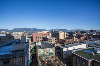 "Photo 15: 1106 550 TAYLOR Street in Vancouver: Downtown VW Condo for sale in ""THE TAYLOR"" (Vancouver West)  : MLS®# R2335310"
