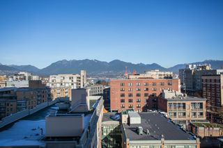 "Photo 14: 1106 550 TAYLOR Street in Vancouver: Downtown VW Condo for sale in ""THE TAYLOR"" (Vancouver West)  : MLS®# R2335310"