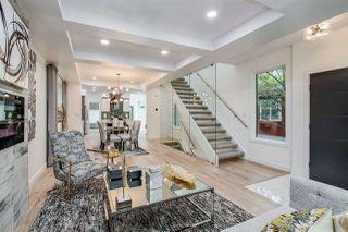 Photo 3: 10155 89 Street in Edmonton: Zone 13 House for sale : MLS®# E4144362