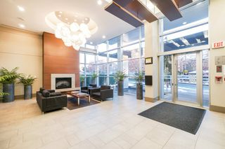 "Photo 2: 702 158 W 13TH Street in North Vancouver: Central Lonsdale Condo for sale in ""Vista Place"" : MLS®# R2342022"