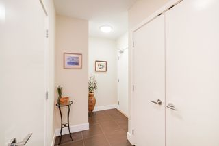 """Photo 3: 702 158 W 13TH Street in North Vancouver: Central Lonsdale Condo for sale in """"Vista Place"""" : MLS®# R2342022"""
