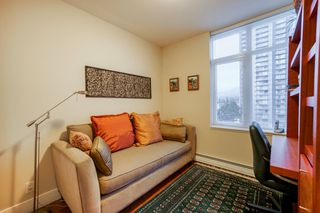 "Photo 15: 702 158 W 13TH Street in North Vancouver: Central Lonsdale Condo for sale in ""Vista Place"" : MLS®# R2342022"