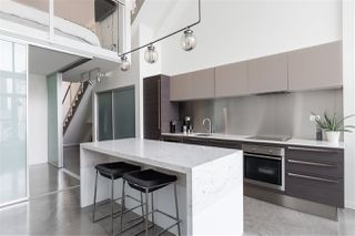 "Photo 5: PH 610 53 W HASTINGS Street in Vancouver: Downtown VW Condo for sale in ""PARIS ANNEX"" (Vancouver West)  : MLS®# R2342367"