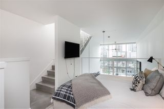 "Photo 10: PH 610 53 W HASTINGS Street in Vancouver: Downtown VW Condo for sale in ""PARIS ANNEX"" (Vancouver West)  : MLS®# R2342367"