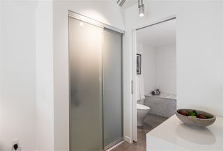 "Photo 12: PH 610 53 W HASTINGS Street in Vancouver: Downtown VW Condo for sale in ""PARIS ANNEX"" (Vancouver West)  : MLS®# R2342367"
