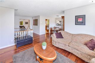 Photo 10: 3587 Desmond Dr in VICTORIA: La Walfred House for sale (Langford)  : MLS®# 806912