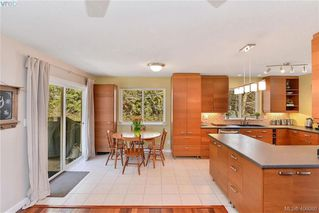Photo 14: 3587 Desmond Dr in VICTORIA: La Walfred House for sale (Langford)  : MLS®# 806912