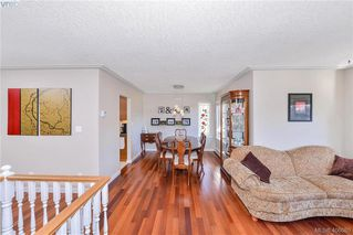 Photo 3: 3587 Desmond Dr in VICTORIA: La Walfred House for sale (Langford)  : MLS®# 806912