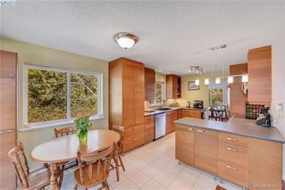 Photo 7: 3587 Desmond Dr in VICTORIA: La Walfred House for sale (Langford)  : MLS®# 806912