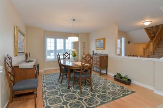 Photo 8: 906 Greenwood Crescent: Shelburne House (2-Storey) for sale : MLS®# X4374187