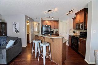 Photo 6: 15942 95 Street NW in Edmonton: Zone 28 House Half Duplex for sale : MLS®# E4146712