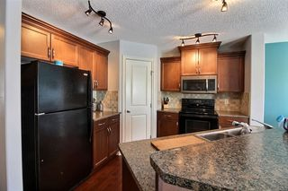 Photo 4: 15942 95 Street NW in Edmonton: Zone 28 House Half Duplex for sale : MLS®# E4146712