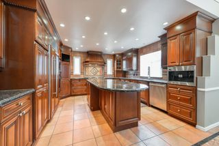Photo 10: 256 WOLF RIDGE Close in Edmonton: Zone 22 House for sale : MLS®# E4146868