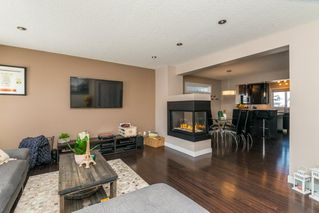 Photo 2: 6908 CARDINAL Wynd in Edmonton: Zone 55 House for sale : MLS®# E4147040