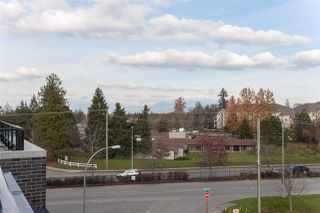 "Photo 14: 406 22087 49 Avenue in Langley: Murrayville Condo for sale in ""Belmont"" : MLS®# R2367757"