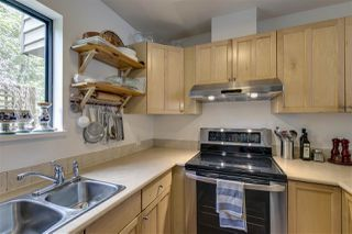 Photo 10: 1025 BROTHERS Place in Squamish: Northyards House 1/2 Duplex for sale : MLS®# R2373041