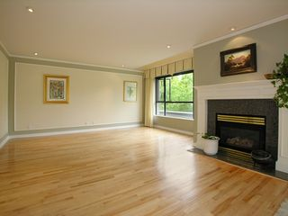 Photo 3: 101 1736 10TH Ave in Vancouver West: Fairview VW Home for sale ()  : MLS®# V770840
