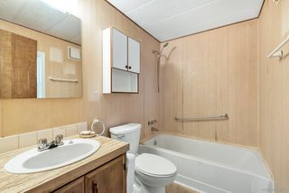 """Photo 15: 14 8670 156 Street in Surrey: Fleetwood Tynehead Manufactured Home for sale in """"WESTWOOD COURT"""" : MLS®# R2377361"""