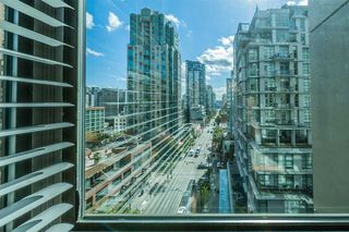 """Photo 17: 421 1200 HORNBY Street in Vancouver: Downtown VW Condo for sale in """"Landis Hotel and Suite"""" (Vancouver West)  : MLS®# R2403768"""
