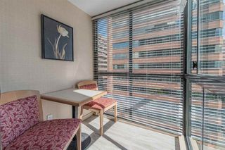 """Photo 15: 421 1200 HORNBY Street in Vancouver: Downtown VW Condo for sale in """"Landis Hotel and Suite"""" (Vancouver West)  : MLS®# R2403768"""