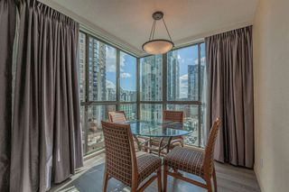"""Photo 7: 421 1200 HORNBY Street in Vancouver: Downtown VW Condo for sale in """"Landis Hotel and Suite"""" (Vancouver West)  : MLS®# R2403768"""