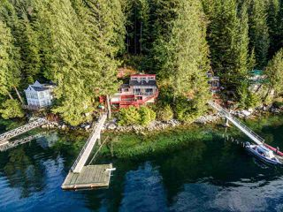 "Photo 19: 26 E OF CROKER Island in North Vancouver: Indian Arm House for sale in ""Helga Bay"" : MLS®# R2424254"