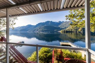 "Photo 18: 26 E OF CROKER Island in North Vancouver: Indian Arm House for sale in ""Helga Bay"" : MLS®# R2424254"