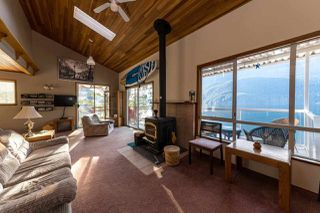"Photo 11: 26 E OF CROKER Island in North Vancouver: Indian Arm House for sale in ""Helga Bay"" : MLS®# R2424254"
