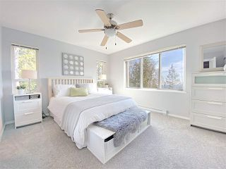 """Photo 13: 59 1305 SOBALL Street in Coquitlam: Burke Mountain Townhouse for sale in """"Tyneridge"""" : MLS®# R2447505"""