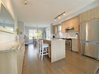 """Photo 5: 59 1305 SOBALL Street in Coquitlam: Burke Mountain Townhouse for sale in """"Tyneridge"""" : MLS®# R2447505"""