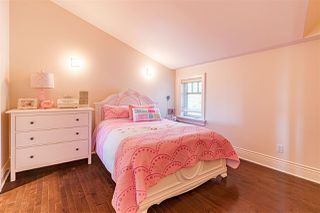 Photo 18: 1005 MELBOURNE Avenue in North Vancouver: Edgemont House for sale : MLS®# R2461335
