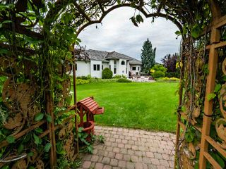 Photo 41: 369 ESTATE Drive: Sherwood Park House for sale : MLS®# E4207381