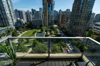 "Photo 11: 1602 1225 RICHARDS Street in Vancouver: Downtown VW Condo for sale in ""Eden"" (Vancouver West)  : MLS®# R2479523"