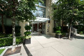 "Photo 2: 1602 1225 RICHARDS Street in Vancouver: Downtown VW Condo for sale in ""Eden"" (Vancouver West)  : MLS®# R2479523"
