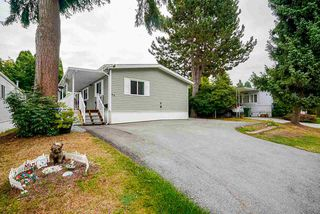 "Main Photo: 49 7790 KING GEORGE Boulevard in Surrey: East Newton Manufactured Home for sale in ""CRISPEN BAYS"" : MLS®# R2493696"