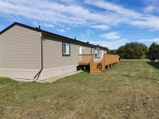 Photo 3: 10464 98 Street: Taylor Manufactured Home for sale (Fort St. John (Zone 60))  : MLS®# R2499625