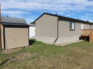 Photo 2: 10464 98 Street: Taylor Manufactured Home for sale (Fort St. John (Zone 60))  : MLS®# R2499625