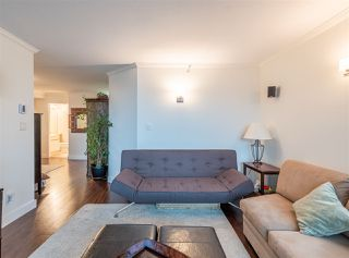 "Photo 6: 501 888 HAMILTON Street in Vancouver: Downtown VW Condo for sale in ""ROSEDALE GARDEN"" (Vancouver West)  : MLS®# R2518975"