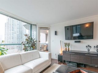 "Photo 8: 501 888 HAMILTON Street in Vancouver: Downtown VW Condo for sale in ""ROSEDALE GARDEN"" (Vancouver West)  : MLS®# R2518975"