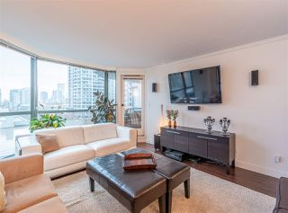 "Photo 2: 501 888 HAMILTON Street in Vancouver: Downtown VW Condo for sale in ""ROSEDALE GARDEN"" (Vancouver West)  : MLS®# R2518975"