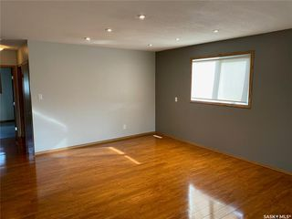 Photo 11: 405 7th Avenue Southeast in Swift Current: South East SC Residential for sale : MLS®# SK837572
