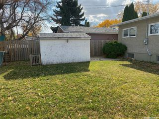 Photo 36: 405 7th Avenue Southeast in Swift Current: South East SC Residential for sale : MLS®# SK837572
