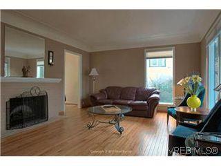 Photo 2: 1625 Yale St in VICTORIA: OB North Oak Bay House for sale (Oak Bay)  : MLS®# 567750