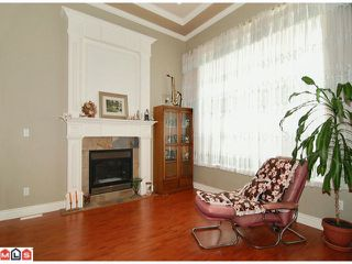 Photo 2: 5969 168A Street in Surrey: Cloverdale BC House  (Cloverdale)  : MLS®# F1122737