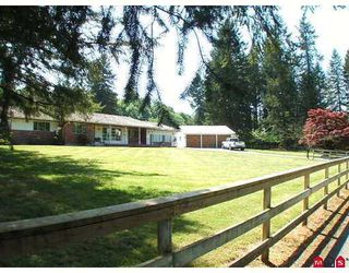 Photo 1: 26116 84 Avenue in Langley: Country Line Glen Valley House for sale : MLS®# F2625561