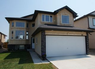 Photo 1: 103 Filbert Crescent in Winnipeg: North Kildonan Residential for sale (North East Winnipeg)  : MLS®# 1214781