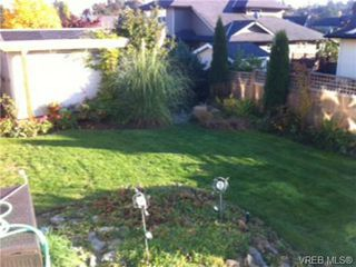 Photo 19: 4172 Hatfield Road in VICTORIA: SW Strawberry Vale Single Family Detached for sale (Saanich West)  : MLS®# 329767
