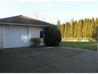 """Photo 16: 4611 222A ST in Langley: Murrayville House for sale in """"Upper Murrayville"""" : MLS®# F1401753"""
